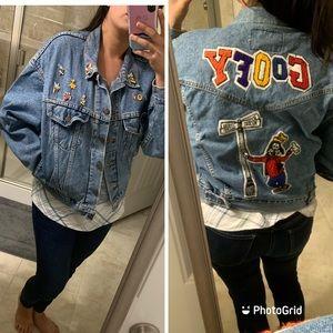 Vintage Levi's Jean jacket w/ Disney pins